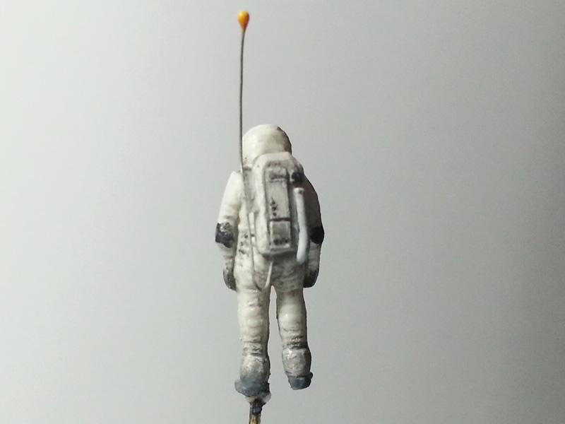 astronaut03.jpg